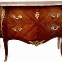La storia dei mobili antichi e armadi d'antiquariato