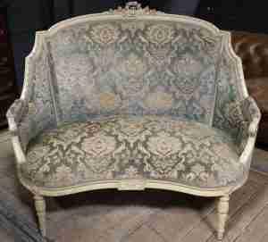 divani antichi prezzi
